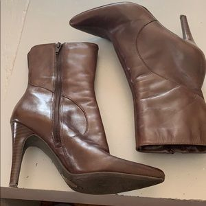 Nine West brown leather ankle boots sz. 7.5